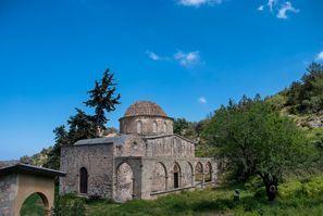 Autorent Esentepe, Põhja-Küprose Türgi Vabariik